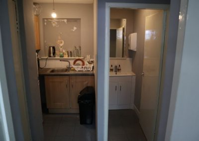 Kitchen and bathroom facilities at 624-626 Stockport Road Longsight