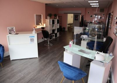 Main retail space to rent at 323 Palatine Road South Manchester